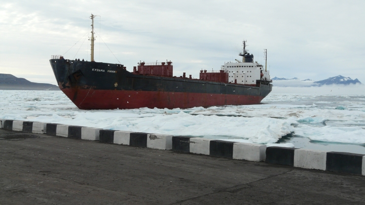 B_Barentsburg coal ship Kuzma Minin