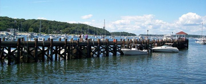 800px-Northport_Dock